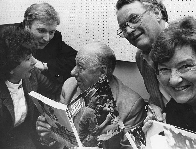 Bert Hardy with members of Watford Camera Club