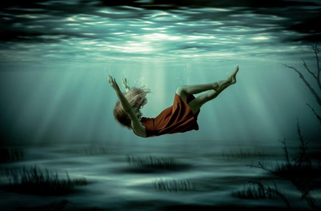 Advanced 1st_In Deep_Charlotte Dwyer