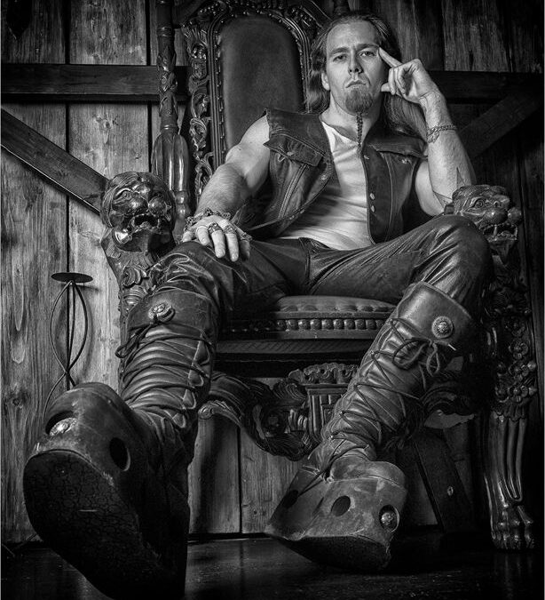 BEST PORTRAIT – Not Fit to Polish These Boots_Elaine Rushton