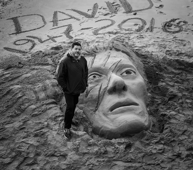 Bowie_Sculpture Richard Wilson