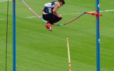 Set Subject sport 3rd – Will he won't he_Simon Peters