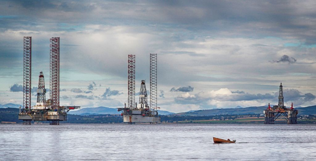 General 2nd – Oil Rigs_Barry Saunders
