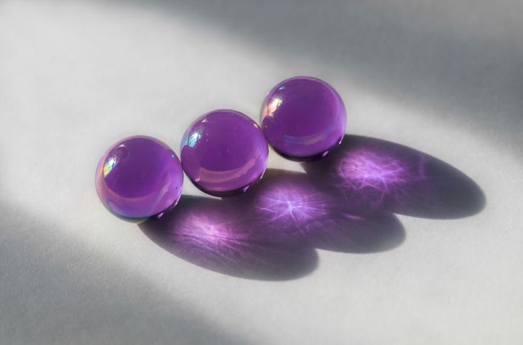 Set Subject 3rd – Purple Marbles_Caroline Mockett